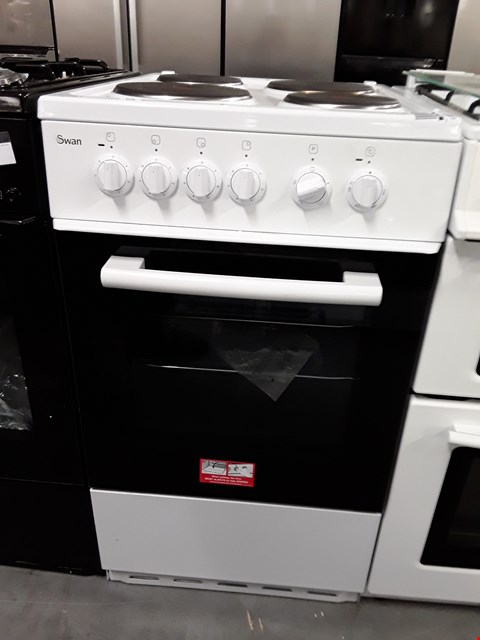 Lot 59 SWAN SX1011W WHITE 50CM ELECTRIC COOKER RRP £409
