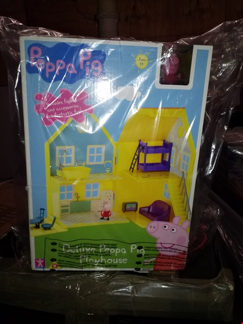 Lot 486 GRADE 1 PEPPA PIG DELUXE PLAY HOUSE RRP £40.00