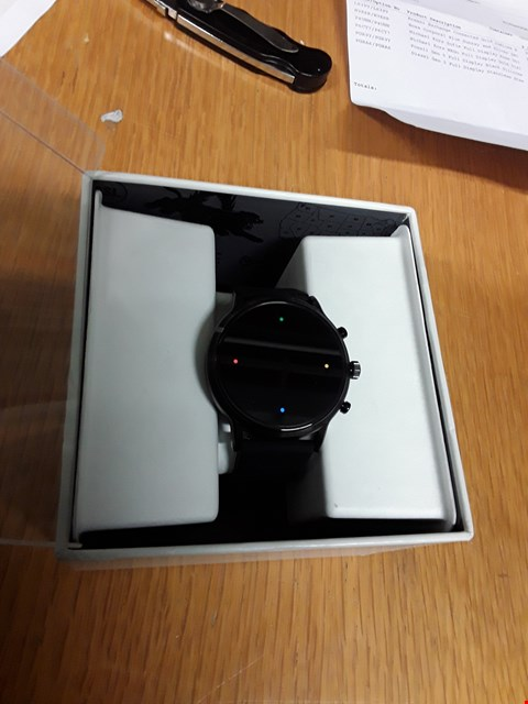 Lot 19 FOSSIL GEN 5 FULL DISPLAY BLACK SILICONE STRAP SMART WATCH  RRP £359.00