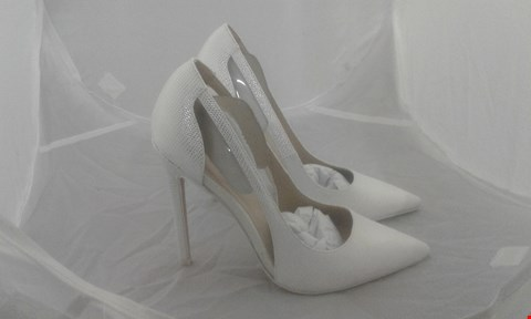 Lot 2058 PAIR OF ASOS POINTED HIGH HEEL SIZE 3