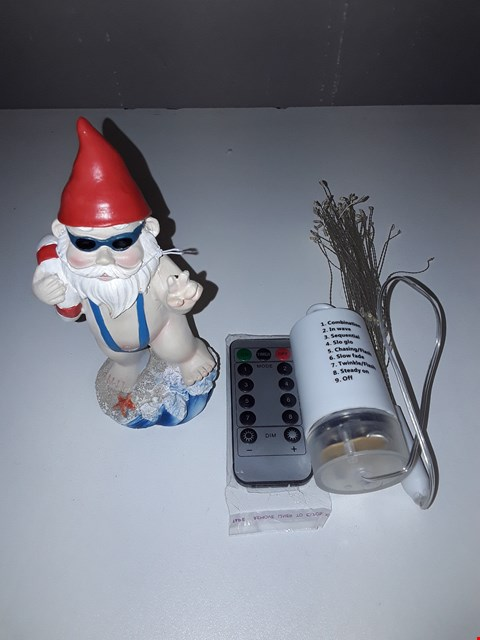Lot 5025 LOT OF 2 ASSORTED DECORATIVE LIGHTS AND A ORNAMENTAL GARDEN GNOME