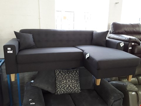 Lot 33 DESIGNER CHARCOAL FABRIC VINTAGE STYLE BUTTONED BACK CHAISE SOFA