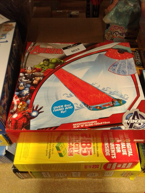 Lot 6019 LOT OF 3 ITEMS TO INCLUDE - AVENGERS WATER SLIDE - CITY VILLE - STOMP ROCKET