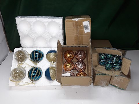 Lot 1364 7 BOXES OF ASSORTED CHRISTMAS BAUBLE DECORATIONS