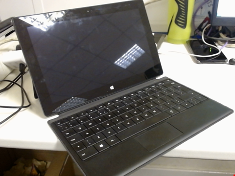 Lot 6116 WINDOWS 8 PRO SURFACE 128GB TABLET WITH KEYBOARD