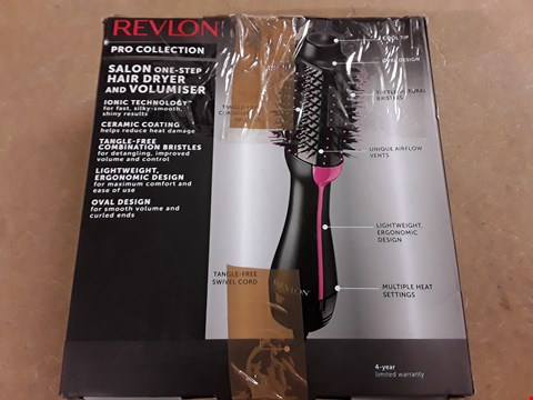 Lot 4769 REVLON SALON ONE STEP HAIR DRYER AND VOLUMISER