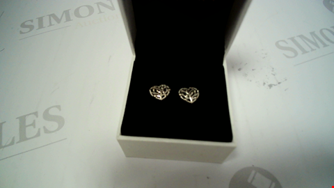 Lot 18030 DESIGNER SILVER TONE EARRINGS