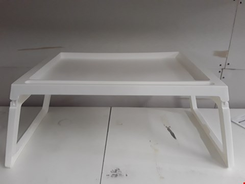 Lot 91 WHITE PLASTIC FOLDAWAY TABLE/LAP TRAY