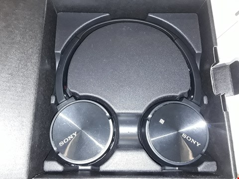 Lot 5072 SONY MDR-ZX330BT WIRELESS STEREO HEADSET