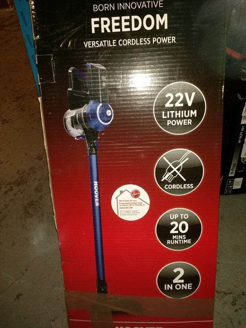 Lot 1675 HOOVER FREEDOM LITE 2-IN-1 CORDLESS STICK VACUUM CLEANER