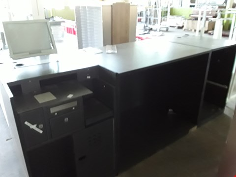 Lot 2016 TILL STATION WITH CASH DRAWER , UNDER COUNTER STORAGE SPACE AND TILL BRACKET