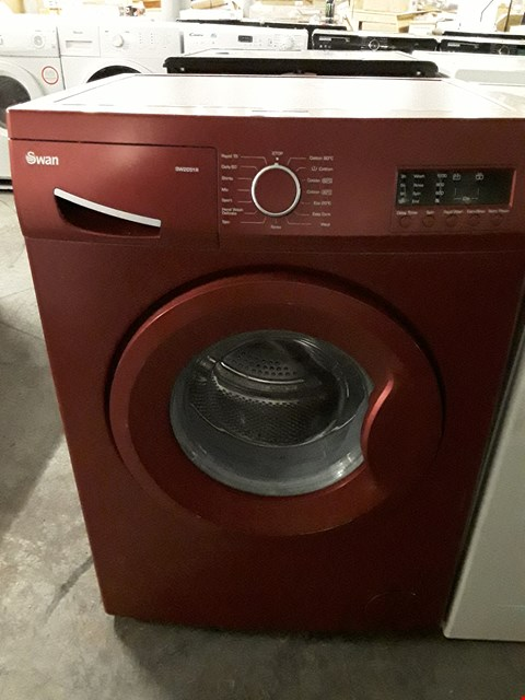 Lot 70 SWAN SW2051R RED 7KG 1200 SPIN WASHING MACHINE RRP £369