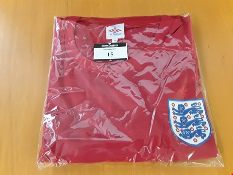 Lot 15 BAGGED ENGLAND RED UMBRO FOOTBALL SHIRT Size 46