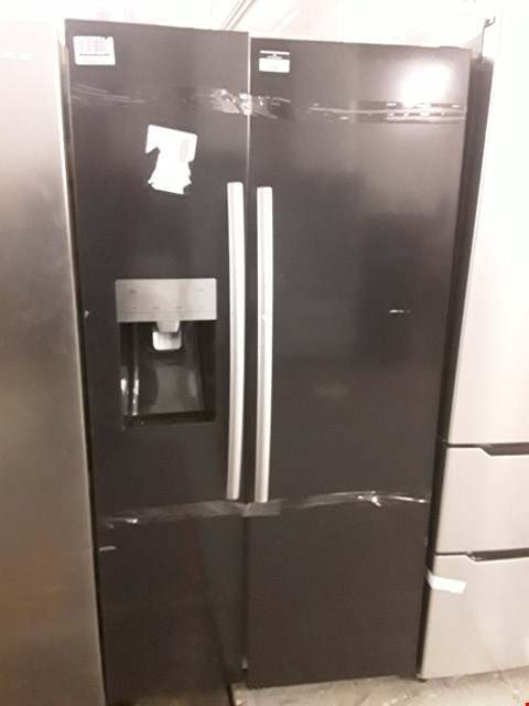 Lot 12067 HISENSE RS696N4LB1 91CM WIDE, TOTAL NO FROST, AMERICAN STYLE FRIDGE FREEZER - BLACK