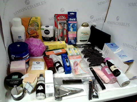 Lot 11033 LOT OF ASSORTED HEALTH & BEAUTY PRODUCTS TO INCLUDE: ORAL-B ELECTRIC TOOTHBRUSH HEADS, BIC 10-PACK OF 2 BLADE RAZORS, NIVEA MEN POST SHAVE BALM, ASSORTED BATHROOM & MAKEUP PRODUCTS
