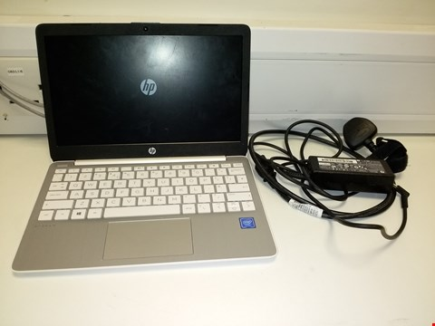 Lot 78 UNBOXED HP STREAM 11-AK0000NA INTEL CELERON NOTEBOOK  RRP £244.99