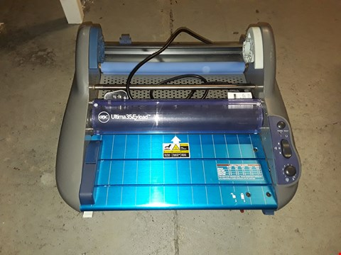 Lot 12680 GBC ROLLSEAL ULTIMA 35 ROLL EZLOAD LAMINATOR A3