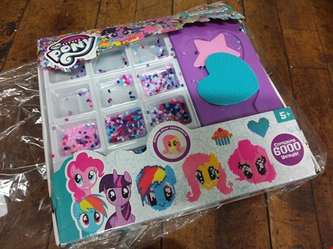 Lot 1489 BOXED GRADE 1 MY LITTLE PONY MELTUMS RRP £13