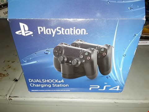 Lot 641 PLAYSTATION  ) DUALSHOCK  CHARGING STATION