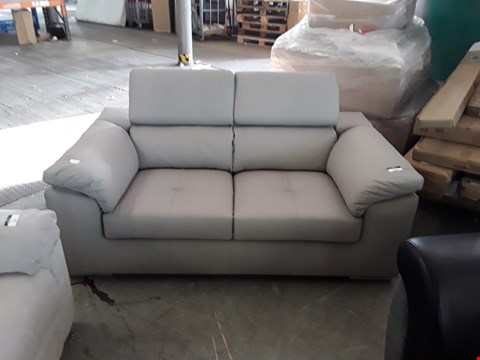 Lot 352 DESIGNER MUSHROOM LEATHER ITALIAN STYLE 2 SEATER SOFA WITH ADJUSTABLE HEADRESTS