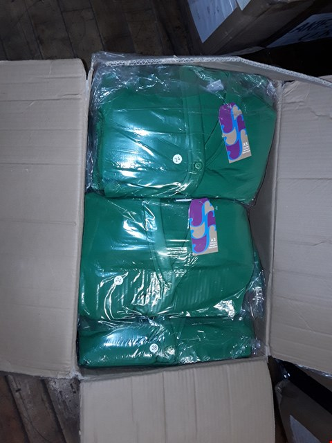 Lot 1368 A BOX OF APPROXIMATELY 50 GIRL'S CARDIGANS - GREEN