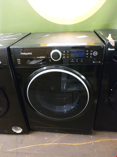 Lot 7011 HOTPOINT DIRECT INJECTION RD966KD WASHER DRYER  RRP £499.99