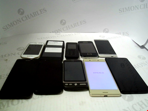 Lot 6120 LOT OF 10 ASSORTED MOBILE PHONES AND SMARTPHONES ETC