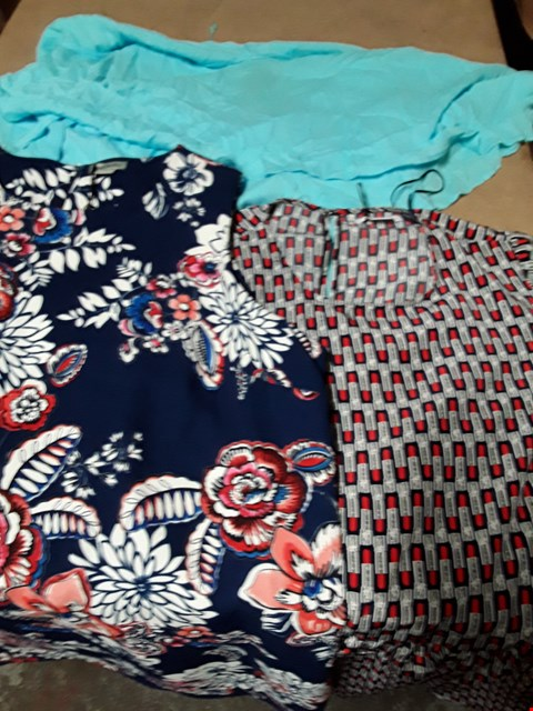 Lot 9402 4 BOXES OF APPROXIMATELY 117 ASSORTED CLOTHING ITEMS TO INCLUDE NAVY PRINT A-LINE DRESS, GC SMOCK DRESS, DOUBLE LAYER CRINKLE DRESS