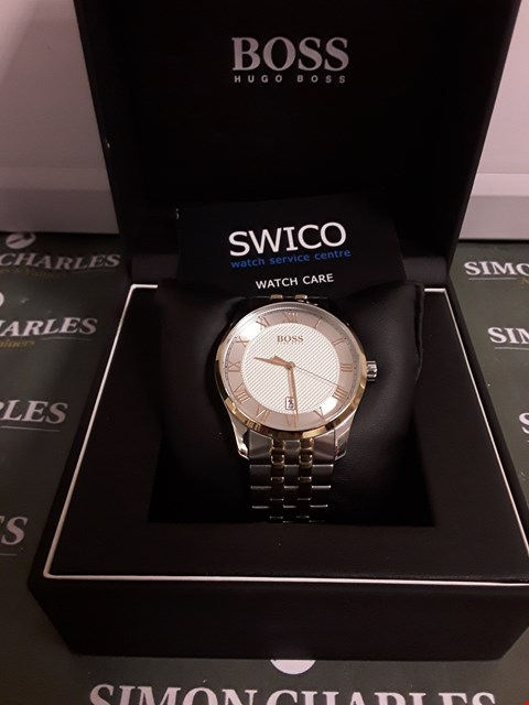 Lot 1268 BOSS MASTER SILVER TEXTURED AND GOLD DETAIL DATE DIAL TWO TONE STAINLESS STEEL BRACELET MENS WATCH RRP £259.00