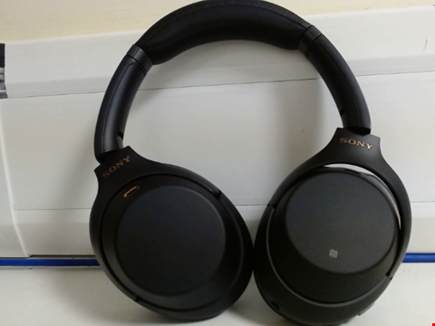 Lot 15009 SONY WH-1000XM3 WIRELESS NOISE CANCELLING HEADPHONES