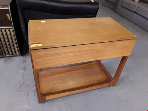 Lot 197 DESIGNER TEAK FINISH MID-CENTURY STYLE HOSTESS TROLLEY WITH DROP LEAF TOP