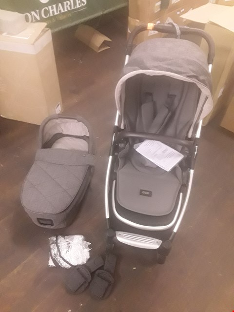 Lot 97 BOXED MAMAS AND PAPAS FLIP XT2 PUSHCHAIR AND CARRYCOT  RRP £1159
