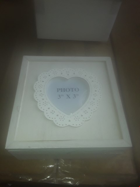 Lot 148 LOT OF 3 BOXES OF APPROXIMATELY 36 HEART FRAMED BOXES (12 PER BOX)