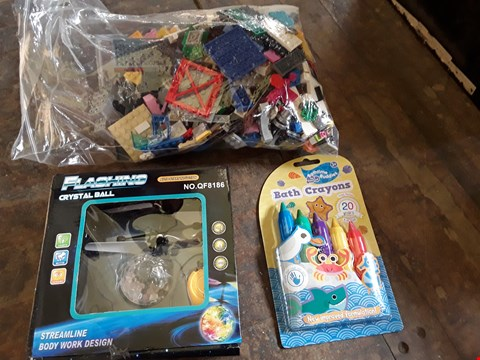 Lot 11156 BOX OF ASSORTED TOYS TO INCLUDE BATH CRAYONS, FLASHING CRYSTAL BALL AND BAG OF ASSORTED LEGO (BOX NOT INCLUDED)