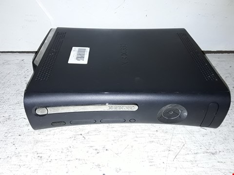 Lot 87 XBOX 360 GAMES CONSOLE
