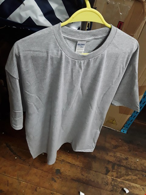 Lot 2494 A LOT OF 10 BRAND NEW GILDEN RS GREY XL SWEATSHIRTS