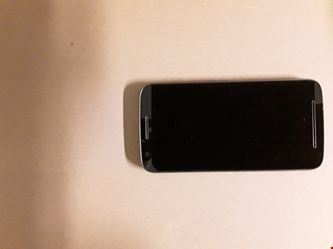 Lot 2157 MOTOROLA MOTO E3 BLACK MOBILE PHONE RRP £140
