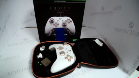 Lot 17330 POWERA FUSION PRO WIRED CONTROLLER FOR XBOX ONE