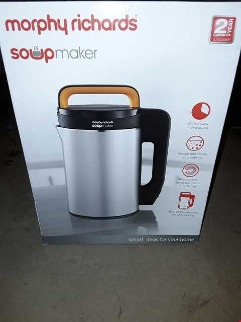Lot 686 MORPHY RICHARDS SOUP & SMOOTHIE MAKER