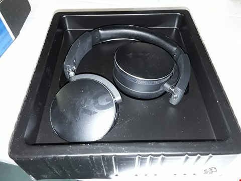 Lot 12425 AKG Y50 ON EAR BLUETOOTH HEADPHONES