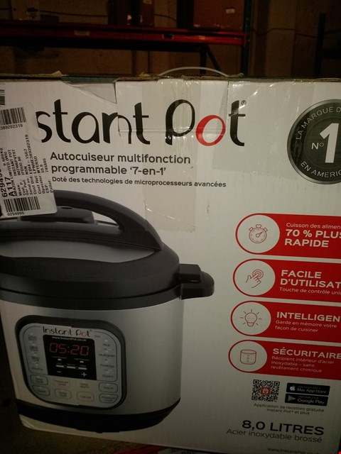Lot 1681 INSTANT POT 7 IN 1 PRESSURE COOKER