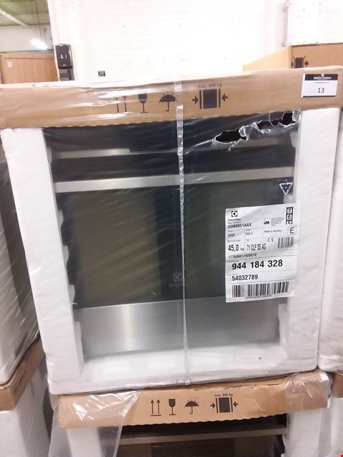 Lot 10 ELECTROLUX TOUCH CONTROL MULTIFUNCTION STAINLESS STEEL OVEN EOB8851AAX RRP £750