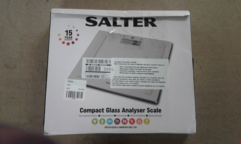 Lot 601 BOXED GRADE 1 SALTER COMPACT GLASS ANALYSER SCALE - GREY RRP £39.98