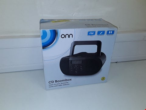Lot 38 ONN CD BOOMBOX BLACK