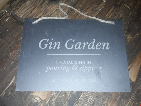 Lot 6047 LOT OF 3 TO INCLUDE PERSONALISED REINDEER GLASS BAUBLE, PERSONALISED GIN GARDEN SLATE WALL SIGN, PERSONALISED CHEESE MAKES LIFE SLATE WALL SIGN (BROKEN) RRP £50