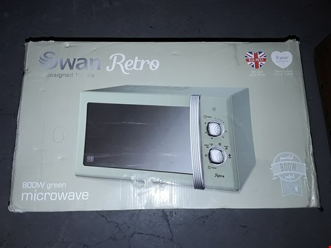 Lot 530 SWAN SM22130GN RETRO MANUAL MICROWAVE