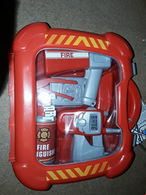Lot 7151 BRAND NEW SMART FIRE RESCUE CASE RRP £15.00