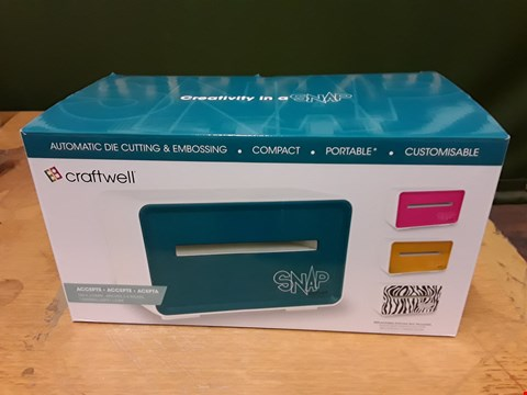 Lot 6101 BOXED CRAFTWELL SNAP AUTOMATIC DIE CUTTING AND EMBOSSING MACHINE