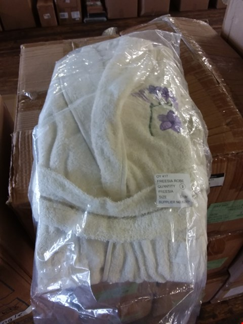 Lot 80 LOT OF 3 BOXES OF WHITE FREESIA ROBES APPROX 16