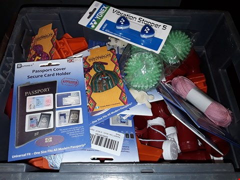 Lot 40 BOX OF ASSORTED ITEMS TO INCLUDE PASSPORT COVER SECURE CARD HOLDERS, VIBRATION STOPPER 5, GUATEMALAN WORRY DOLL